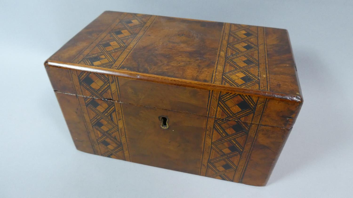 Lot 10 - A Late 19th Century Walnut Work Box with Banded Inlay, 20cm Wide