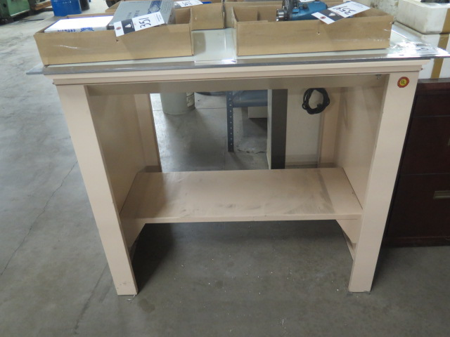 "Lot 355 - 30"" x 40"" Light Table"