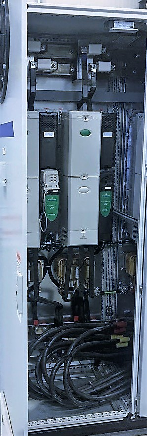 Lot 25 - (7) CONJOINED CABINETS W/ (1) EMERSON CTLR 0151 PHASE 1 CONTROLLER, MODEL ECOP12061-01, S/N 12061-