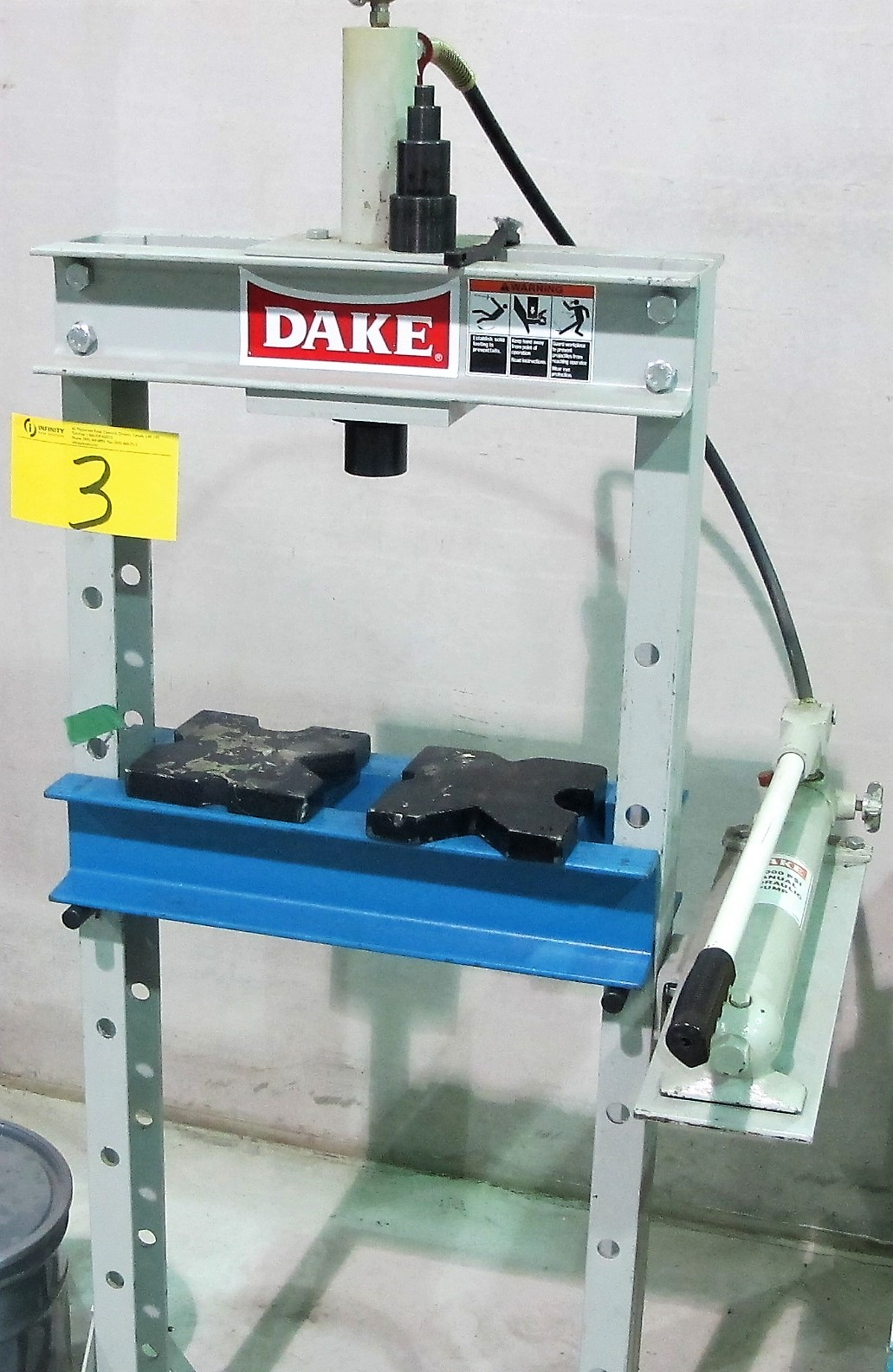 Lot 3 - DAKE SHOP PRESS W/MANUAL HYDRAULIC PUMP