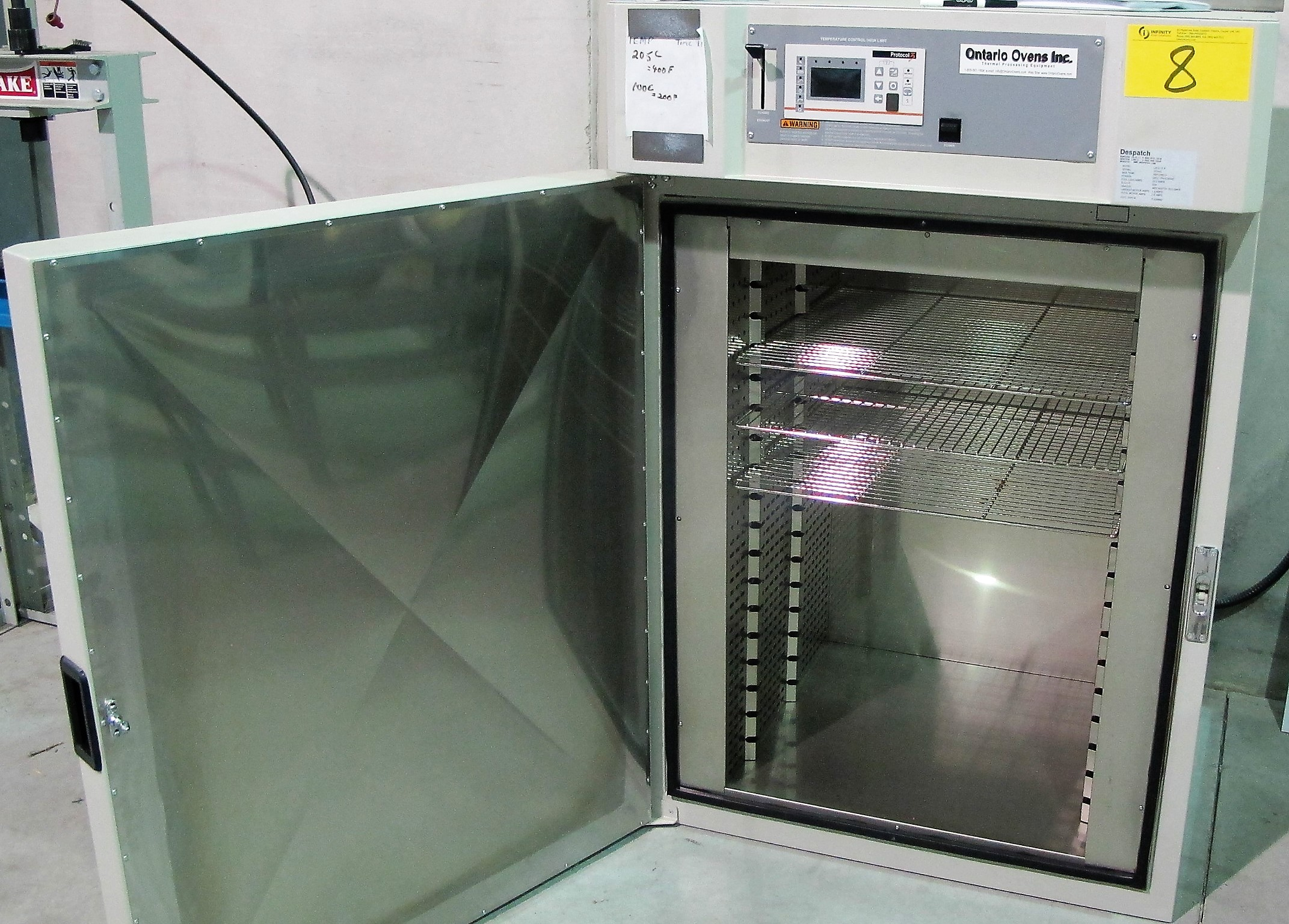 Lot 8 - DESPATCH LAC2-12-8 OVEN, 260C/500F MAX W/PROTOCOL 3 DIGIT5AL CONTROL, STAINLESS INTERIOR