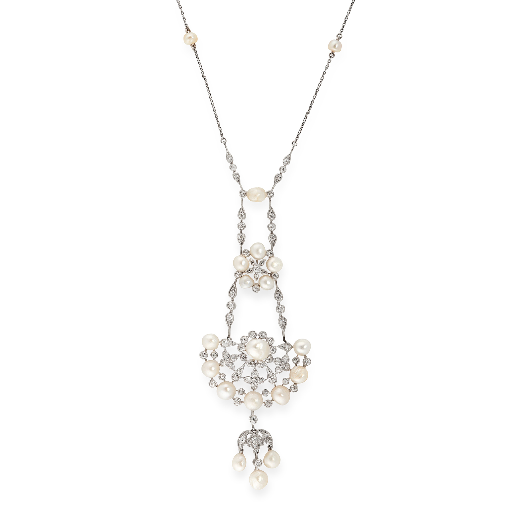 AN ANTIQUE NATURAL SALTWATER PEARL AND DIAMOND PENDANT NECKLACE the pendant is set with two clusters