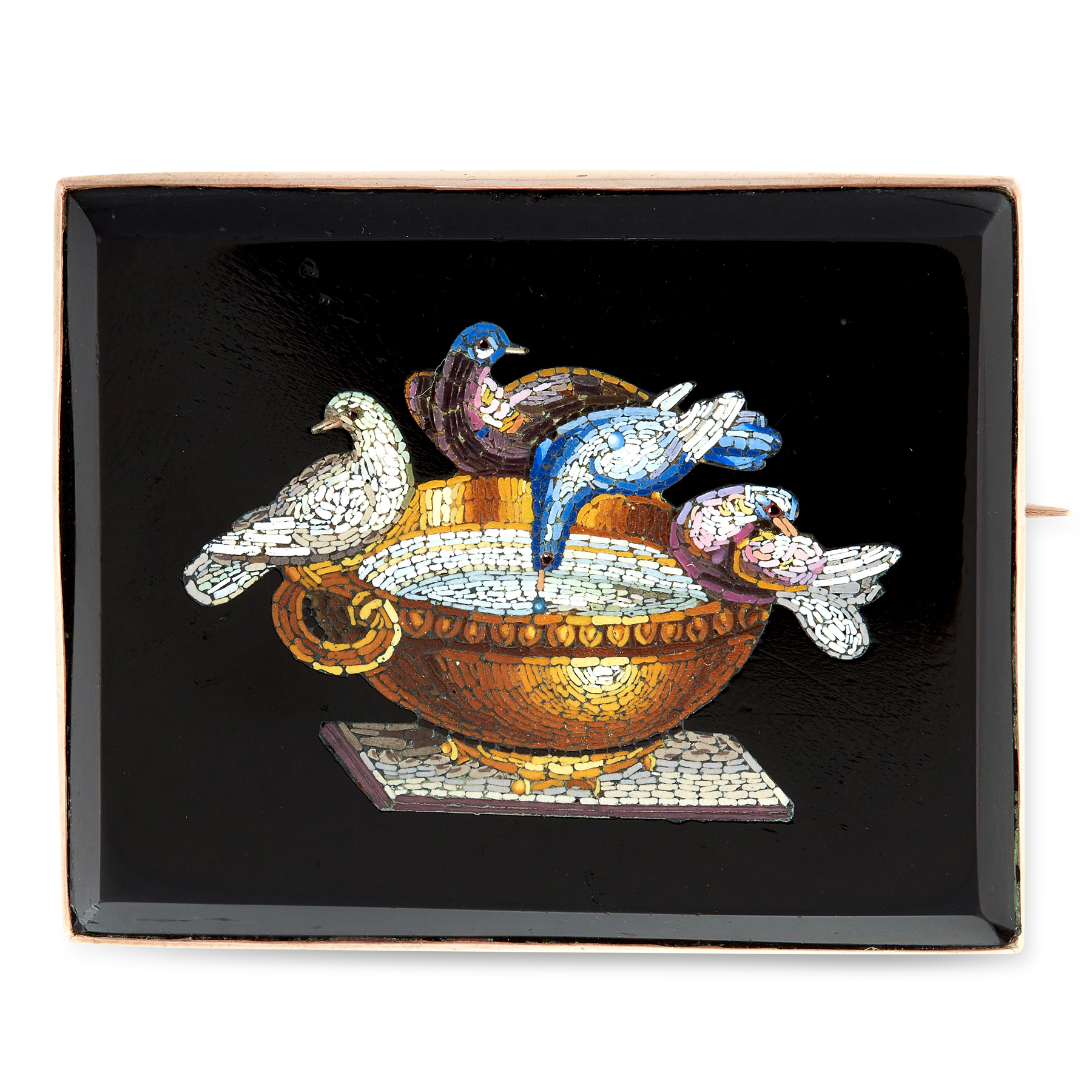 AN ANTIQUE MICROMOSAIC BIRD BROOCH in yellow gold, comprising of a rectangular black hardstone,