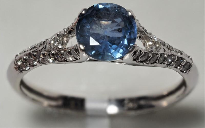 Lot 31 - 14K White Gold Blue Sapphire (0.55ct) and 30 Diamond (0.25ct) Ring. Insurance Value $2100 (31-NT128)