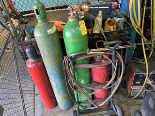 Lot 88 - GAS TORCH SET WITH TANK