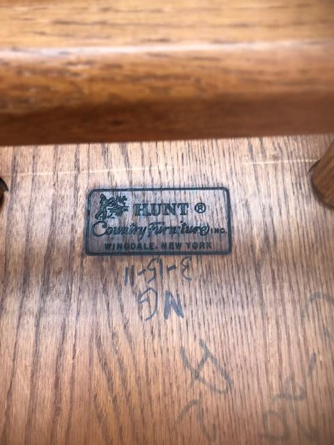 Wooden Hunt Oak Spinal Armed Chairs - Image 3 of 4