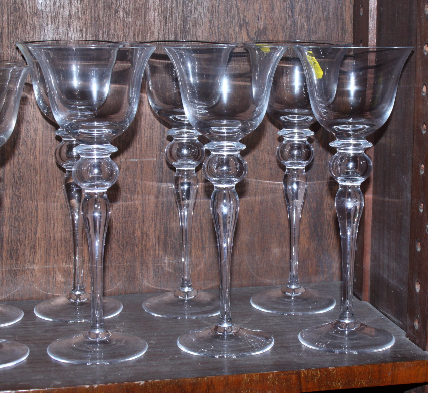 Six red and six white Venetian glass wines - Image 3 of 4