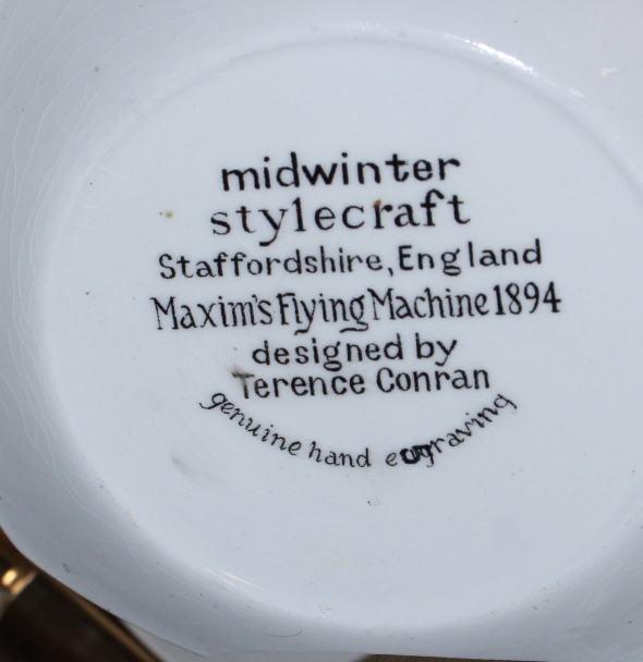 """Lot 58 - A Midwinter """"Cuban Fantasy"""" tea service, by Jessie Tait, including a dish, two oblong dishes, a"""