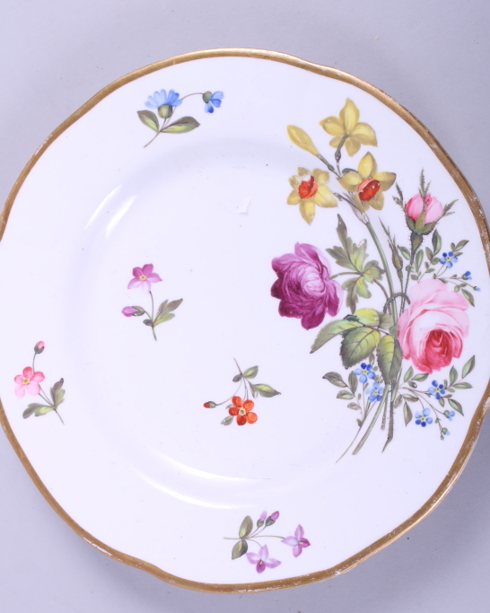"""Lot 2 - An early 19th century lilac sprigged and floral enamel decorated dessert plate, 8 3/4"""" dia, and a"""