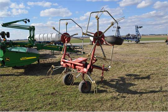 Sitrex ST520 4 spool hay tedder, pull type, manual fold, 540 PTO, SN