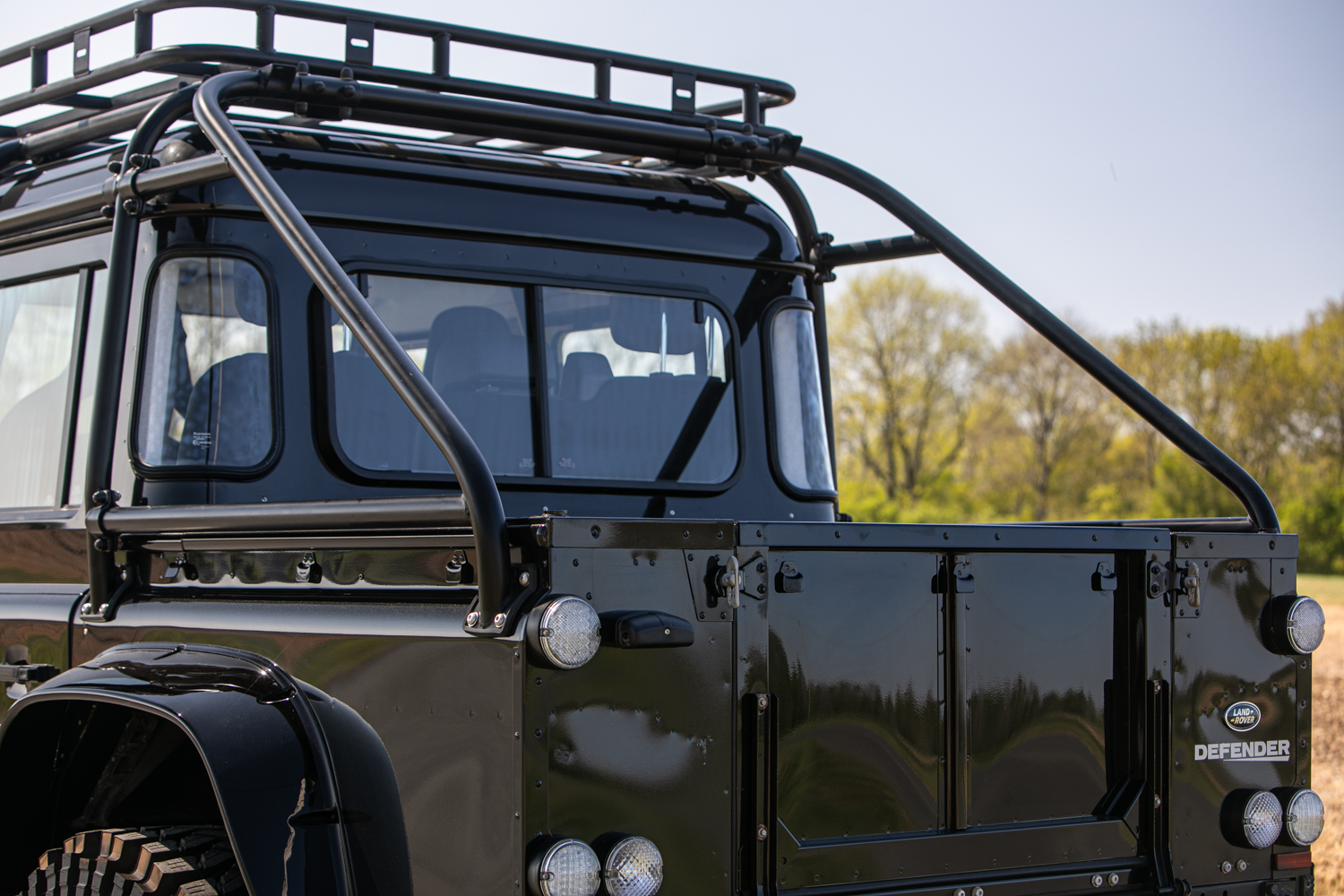 2015 Land Rover Defender 110 SVX 'Spectre' JB24 - Image 25 of 26