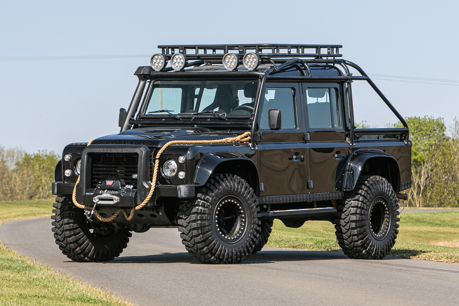 2015 Land Rover Defender 110 SVX 'Spectre' JB24 - Image 8 of 26