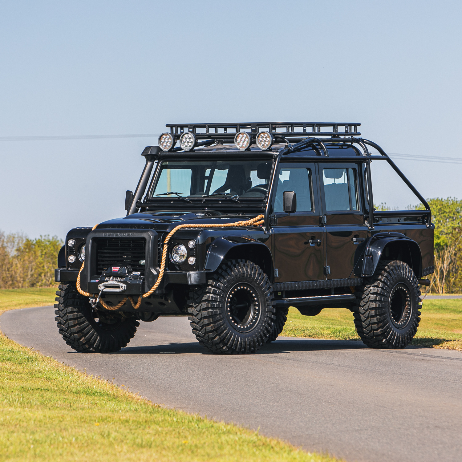 2015 Land Rover Defender 110 SVX 'Spectre' JB24 - Image 26 of 26