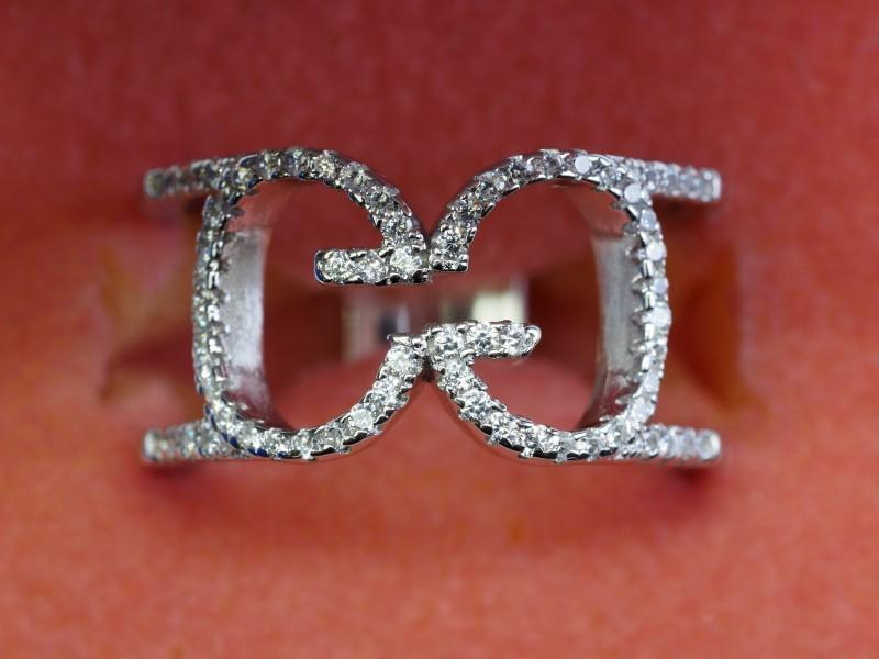 Lot 33 - Sterling Silver Cubic Zirconia Ring, Retail $200 (R80)