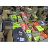 50pcs Mixed Workwear & Cargo trousers50pcs Mixed Workwear & Cargo trousers - chosen from stock at