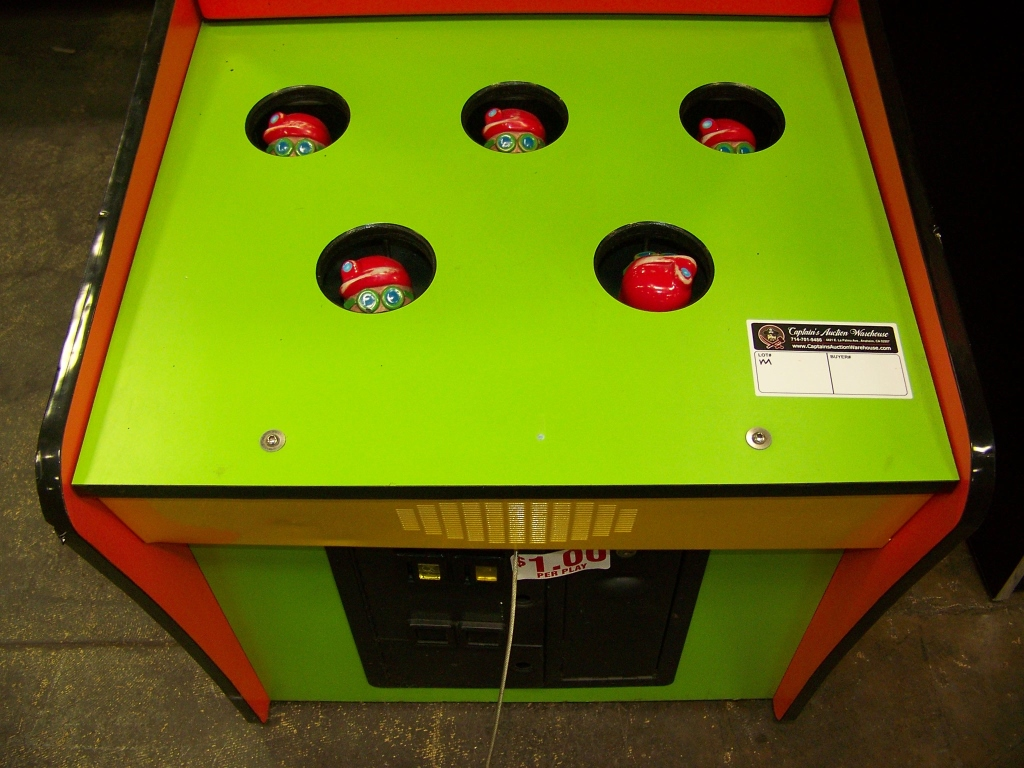 Lot 180 - WHACK A MOLE TICKET REDEMPTION GAME