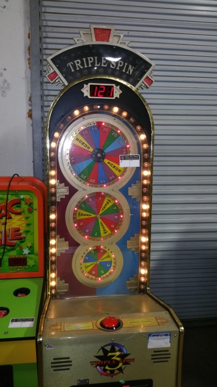 Lot 179 - TRIPLE SPIN TICKET REDEMPTION GAME FAMILY FUN CO.