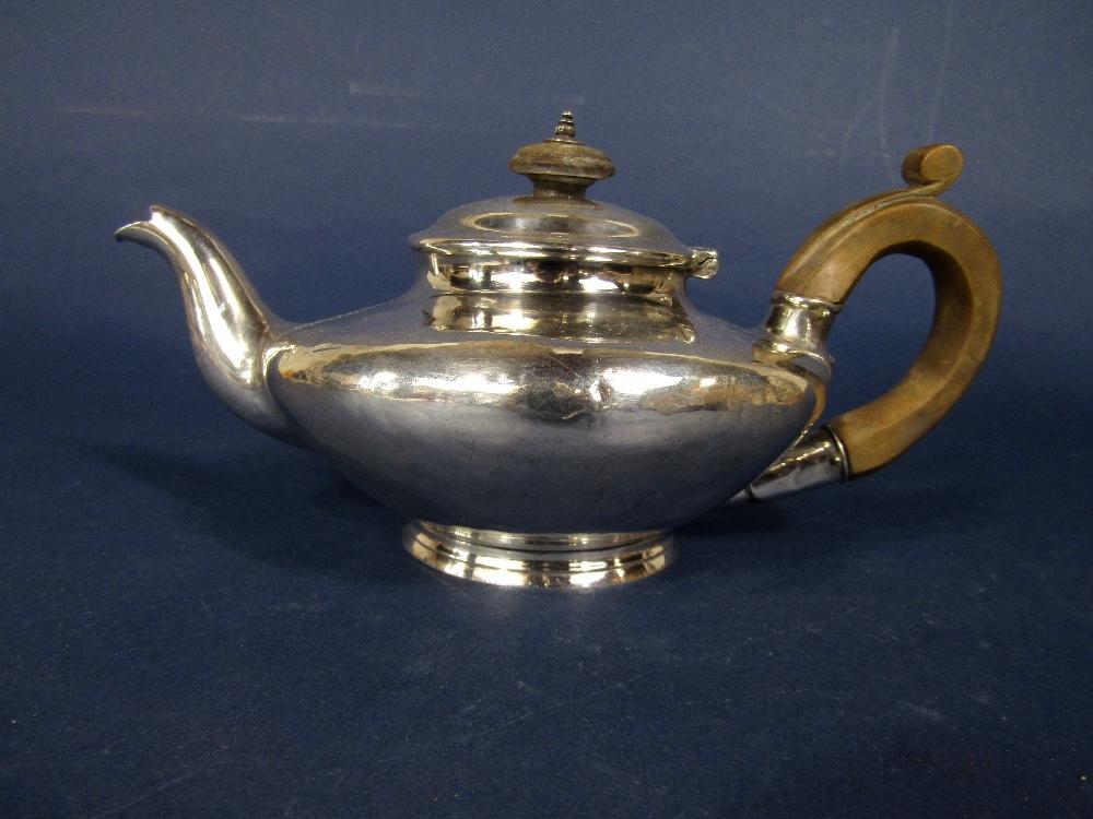 Lot 240 - Good quality squat ovoid bachelor teapot, maker Richard Pearce and George Burrows, London 1836, 22cm
