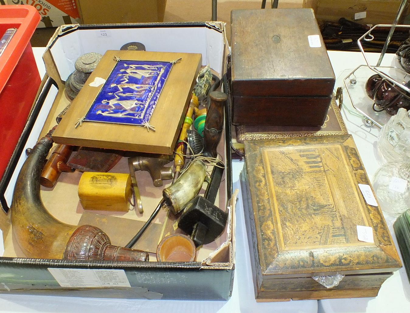 Lot 123 - A damaged Tunbridgeware work box, 24cm wide, a stevedore's hook, horn powder flask and other