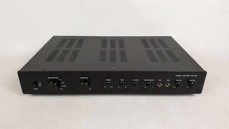 Lote 830 - 4 X EDIS POWER AMPLIFIER MODEL EA1128A IN 1 BOX