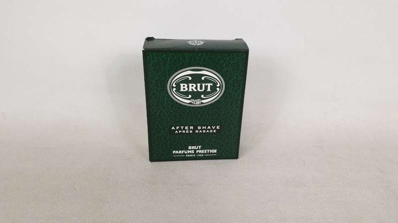 Lote 28 - 50 X 100ML BRUT AFTER SHAVE