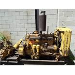 CATERPILLAR D318 DIESEL ENGINE WITH 6 CYLINDERS, 104 HP, CATERPILLAR STARTER, S/N: 5V15993 (CI)