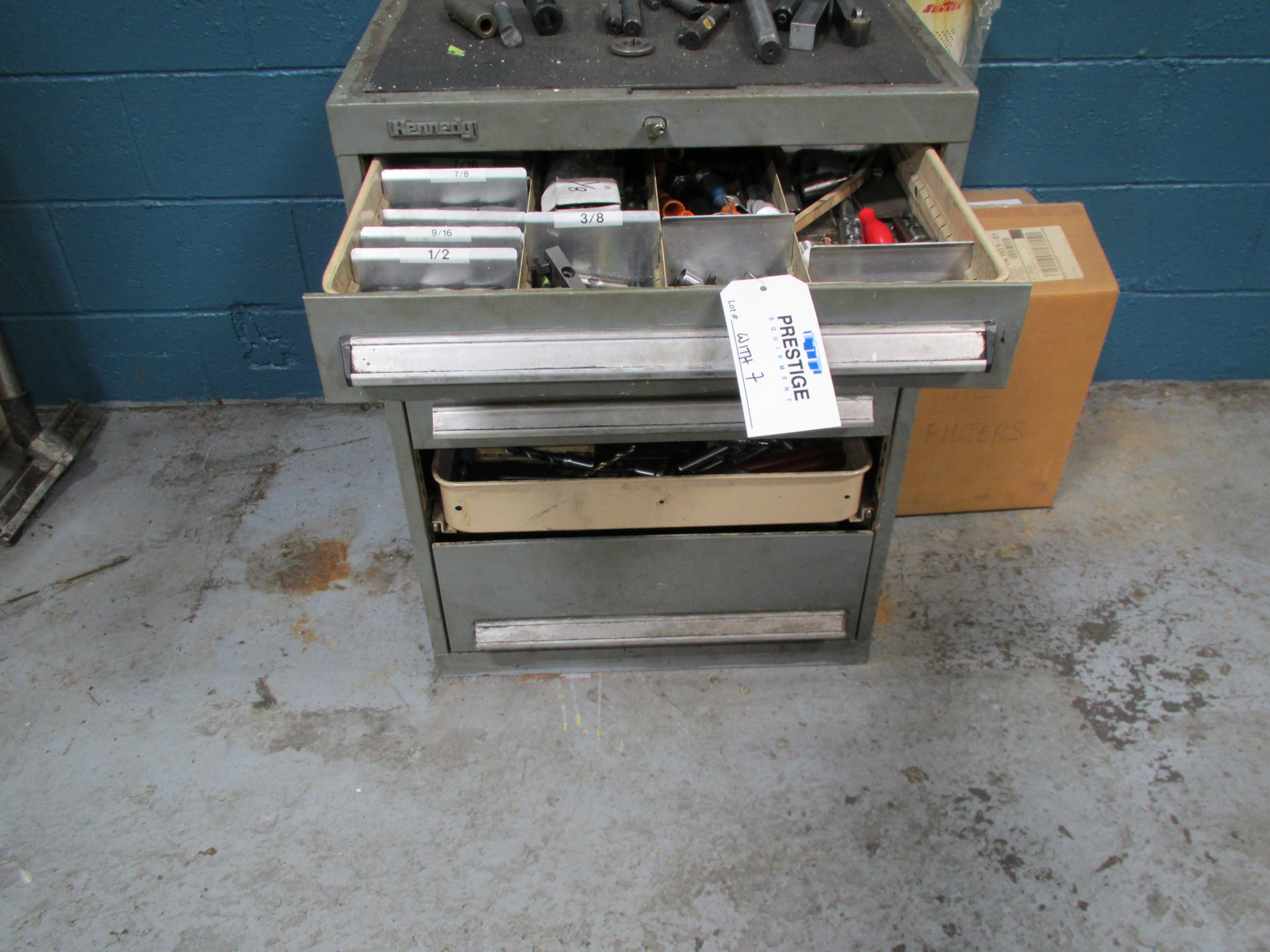 MAZAK QT-200 CNC TURNING CENTER - Image 12 of 14