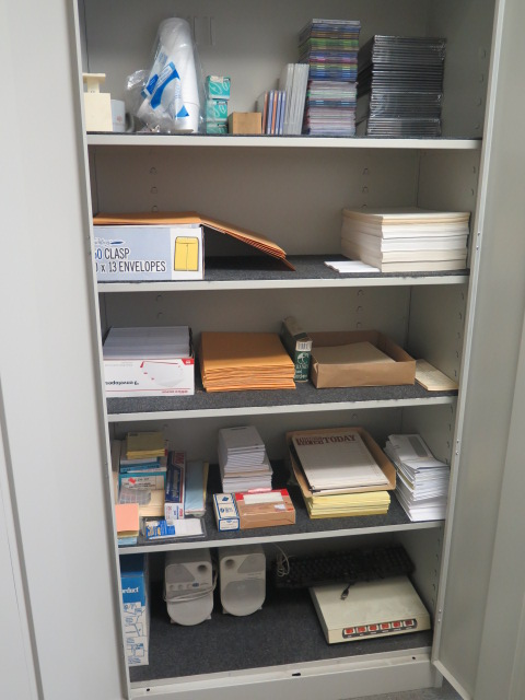 Storage Cabinet - Image 2 of 2