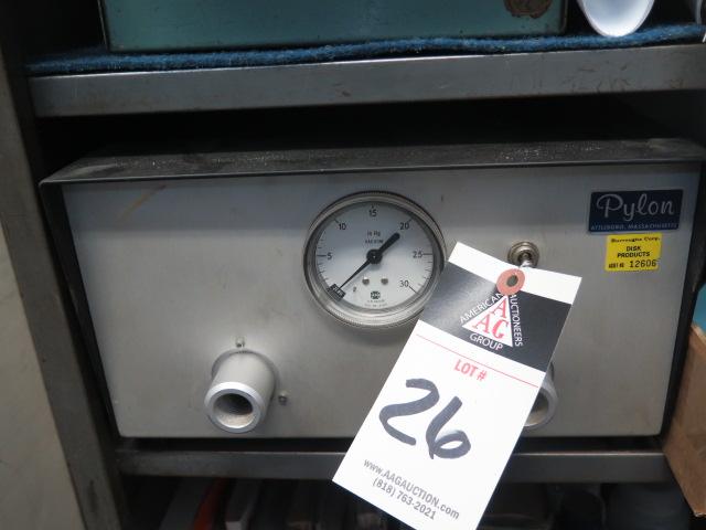 Pylon Vacuum Meter