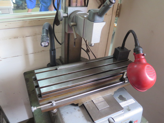 """Lot 65 - Westwood Eng. mdl. E """"Linearscope"""" Toolmakers Microscope s/n 233 w/ 6"""" x 20"""" Table"""