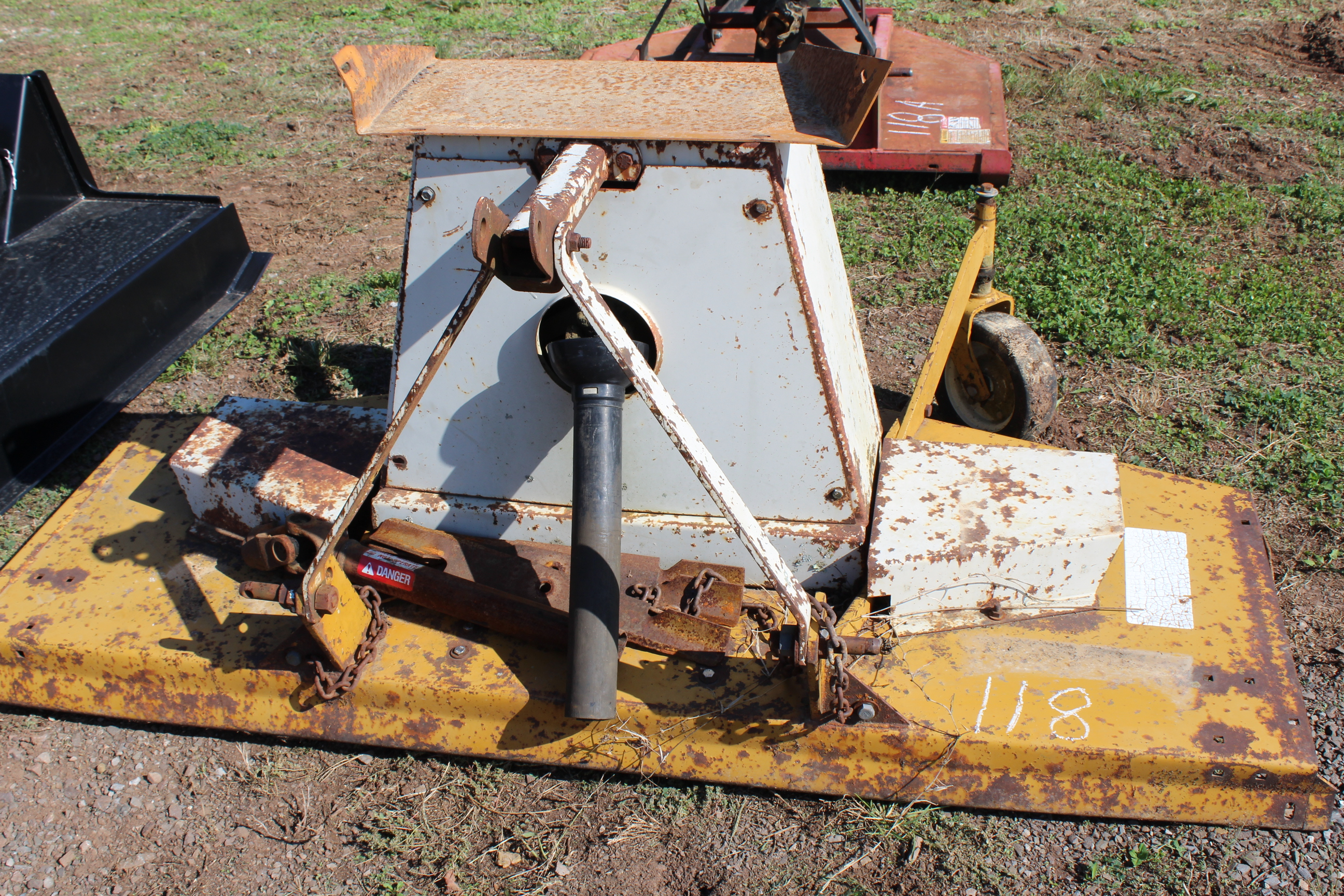 Lot 118 - WOODS RM 306 FINISH MOWER (6'CUT)