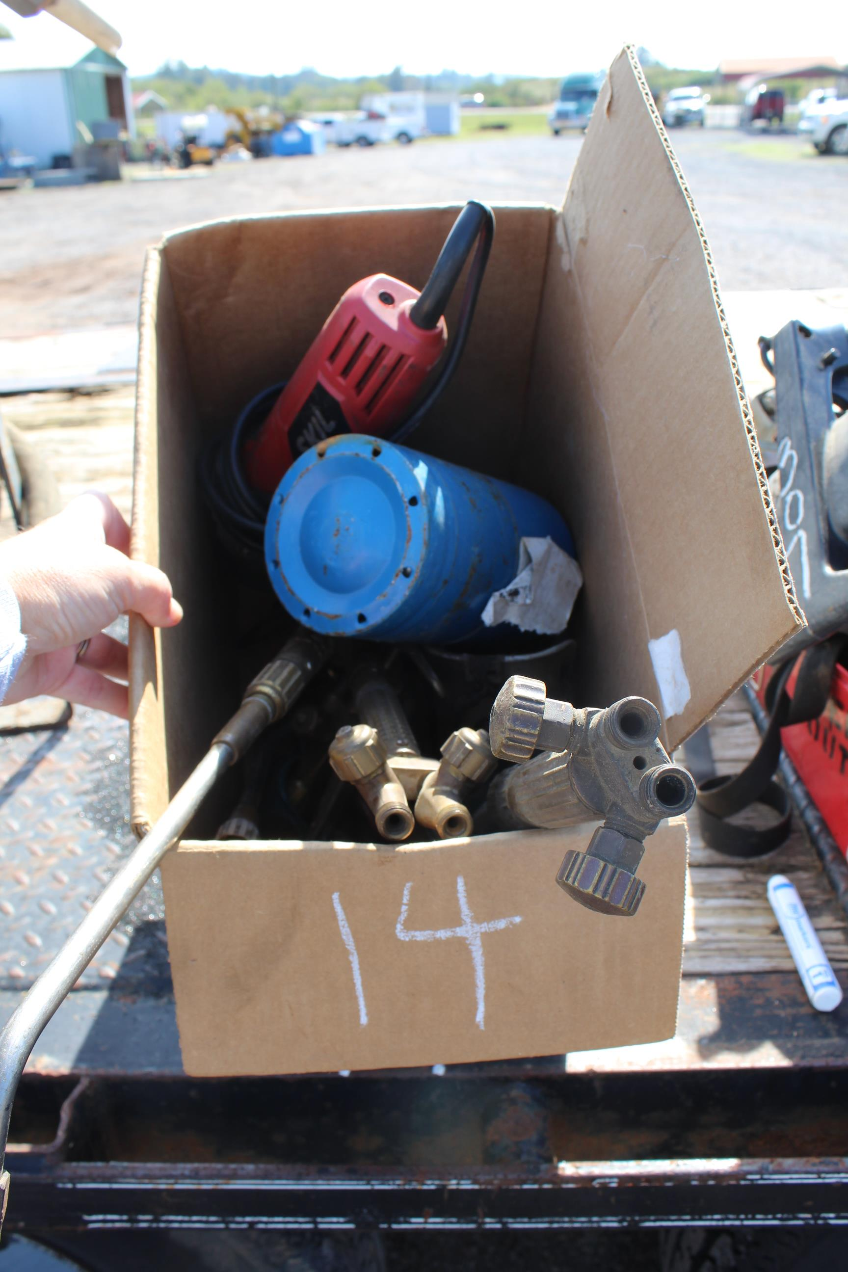 Lot 14 - BOX OF TORCH EQUIPMENT