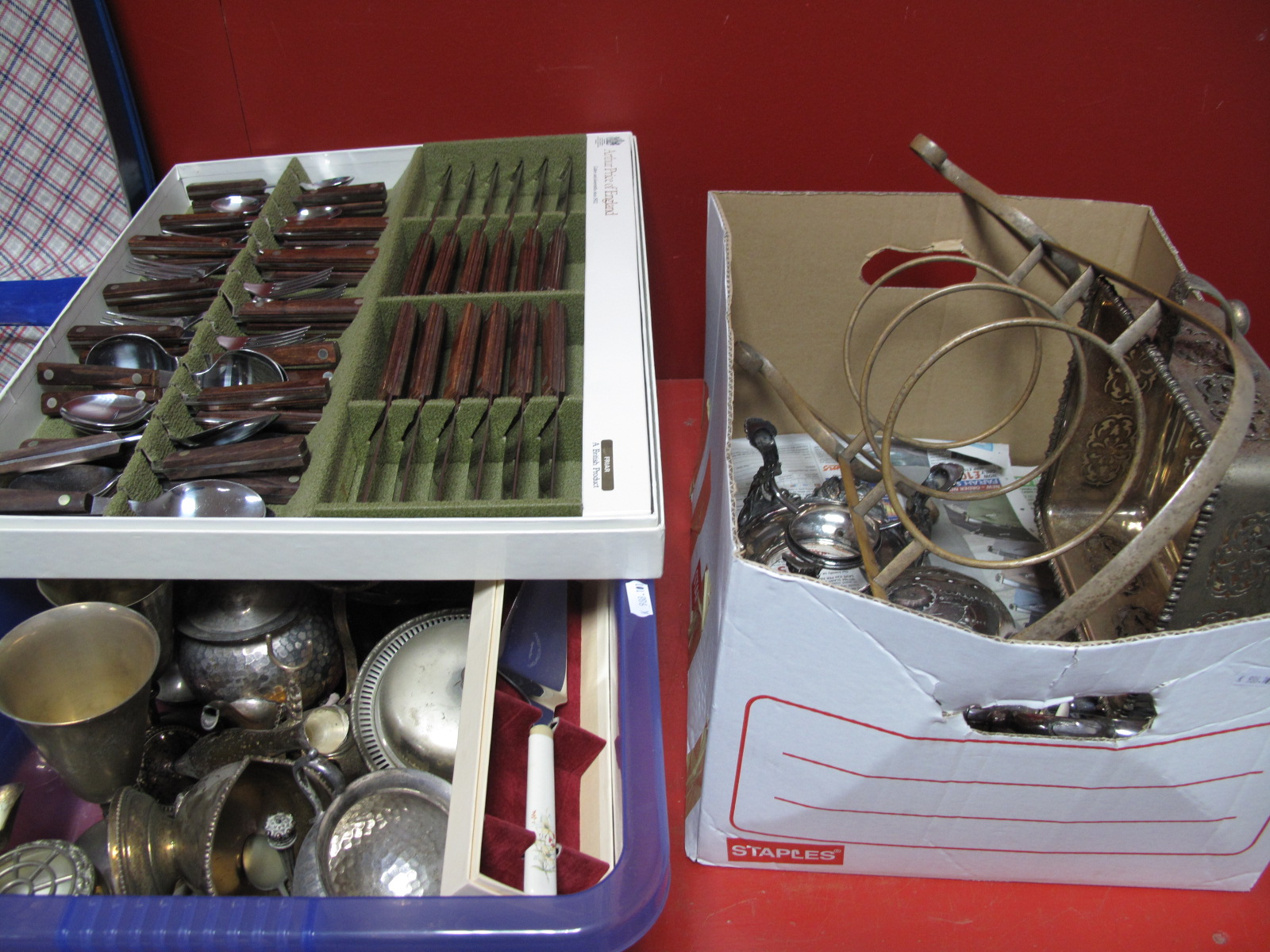 "Lot 18 - Arthur Price Wooden Handled ""Friar"" Cutlery, in original fitted box, further knives, tea kettle on"