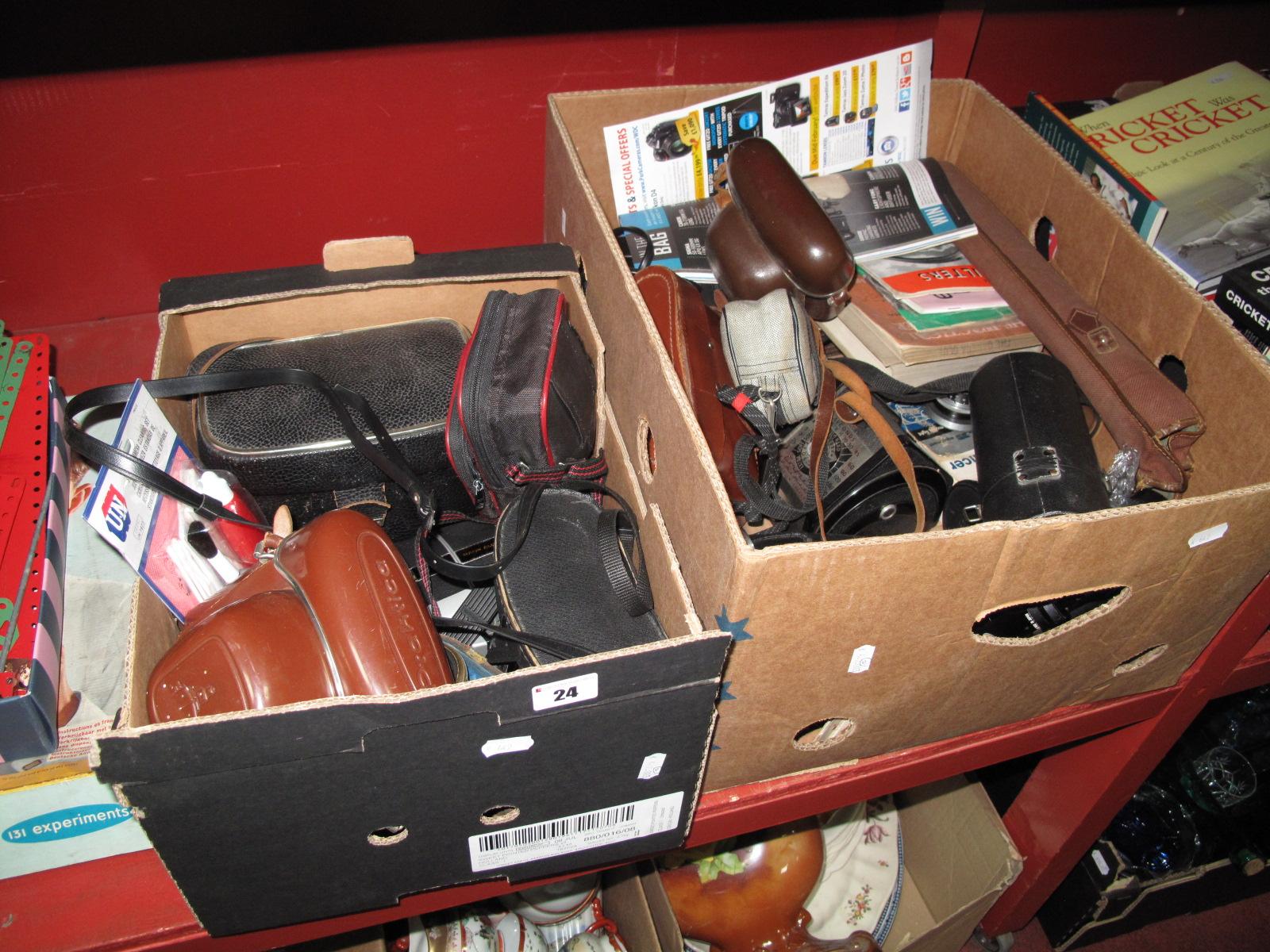 Lot 24 - Binoculars - Prinzulux 8x30, cameras, Praktica VF, IV, Voigtlander Vitoret, etc, lenses - vivitar