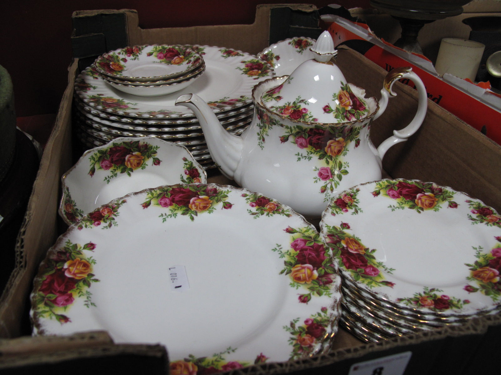 Lot 8 - Royal Albert 'Old Country Roses - (first quality) nine dinner, seven dessert, nine side plates,
