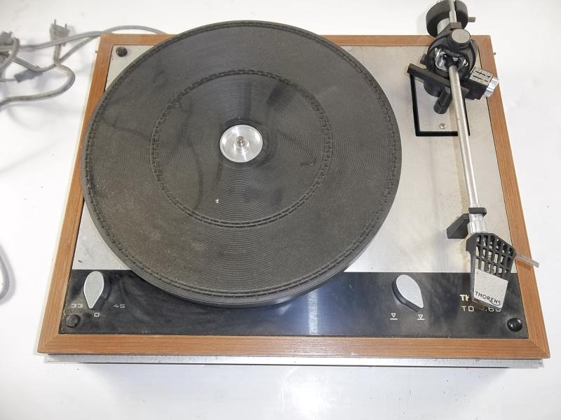 Lot 602 - Thorens TD-160 turntable with a Thorens arm, #095462, 33, 45