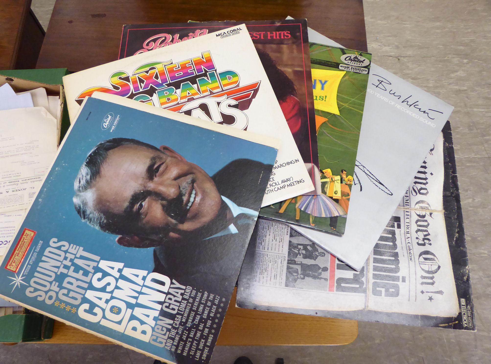 Lot 28 - Vinyl records,