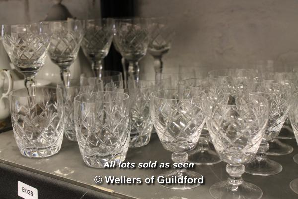 A quantity of cut glass wares. - Image 4 of 4