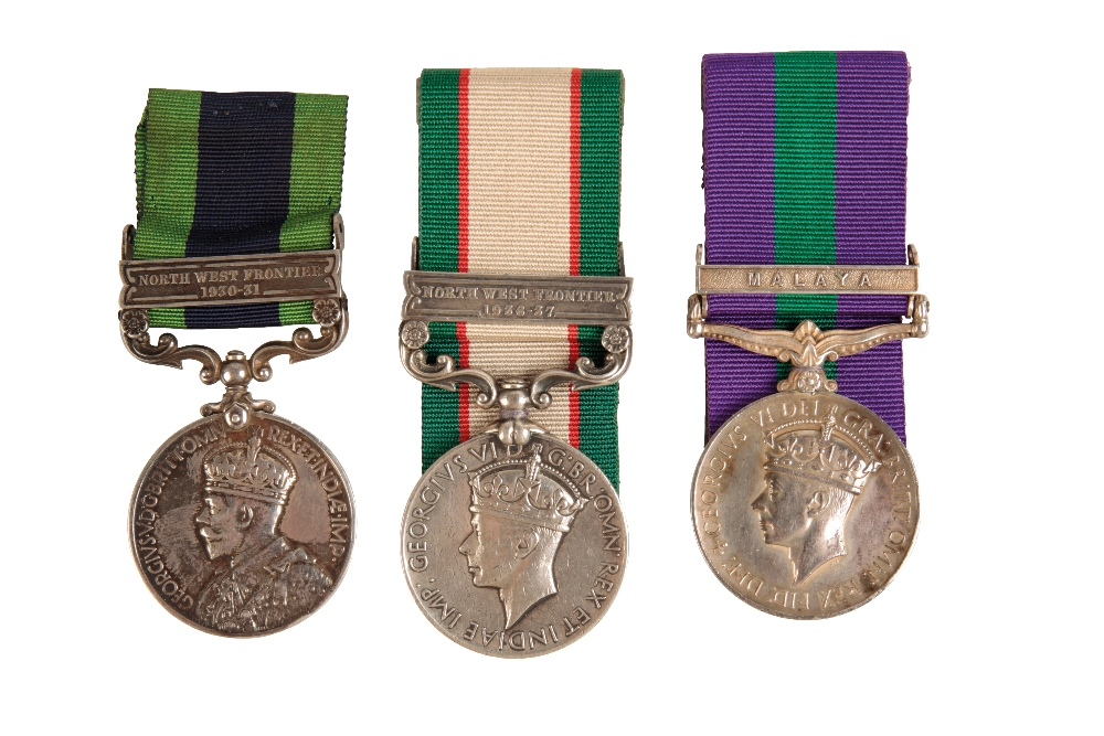 Lot 11 - SINGLE CAMPAIGN MEDALS