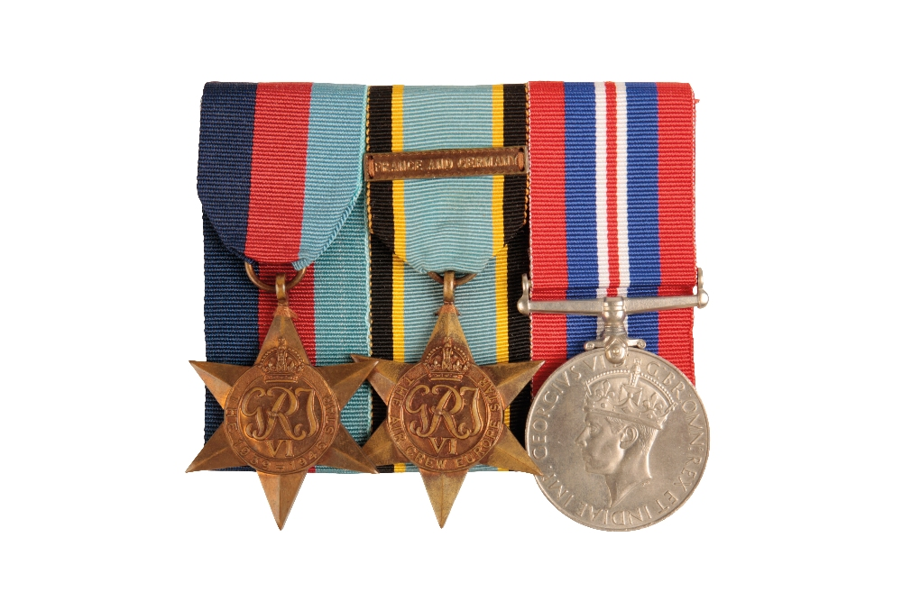 Lot 22 - AIRCREW EUROPE GROUP ATTRIBUTED TO FLYING OFFICER M A CLOUGH