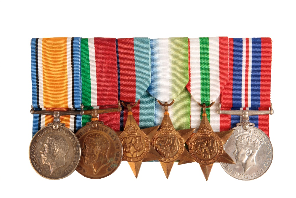 Lot 19 - MERCANTILE MARINE CAMPAIGN GROUP TO ERNEST DUNN