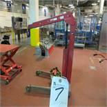 Blackhawk Hydraulic 1-Ton Lift
