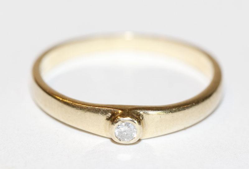 14 k Gelbgold Ring mit Diamant, Gr. 56