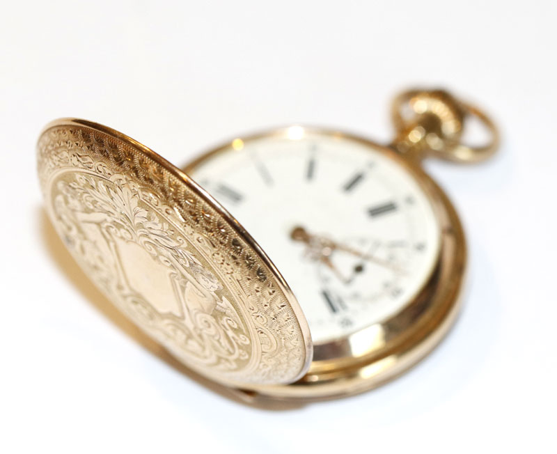 14 k Gelbgold Sprungdeckel Taschenuhr um 1910, fein graviertes Gehäuse ohne Monogramm, intakt,