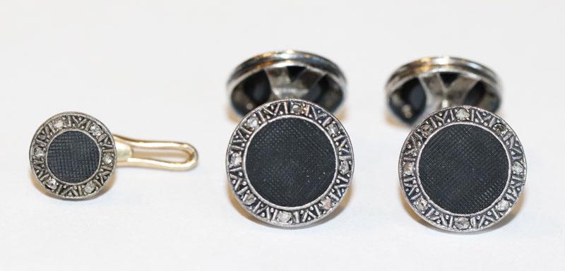Paar Silber Manschettenknöpfe mit Altschliff Diamanten und ein passender Kragenknopf