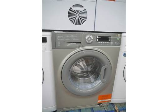 hotpoint 9kg ultima washing machine  untested as there is