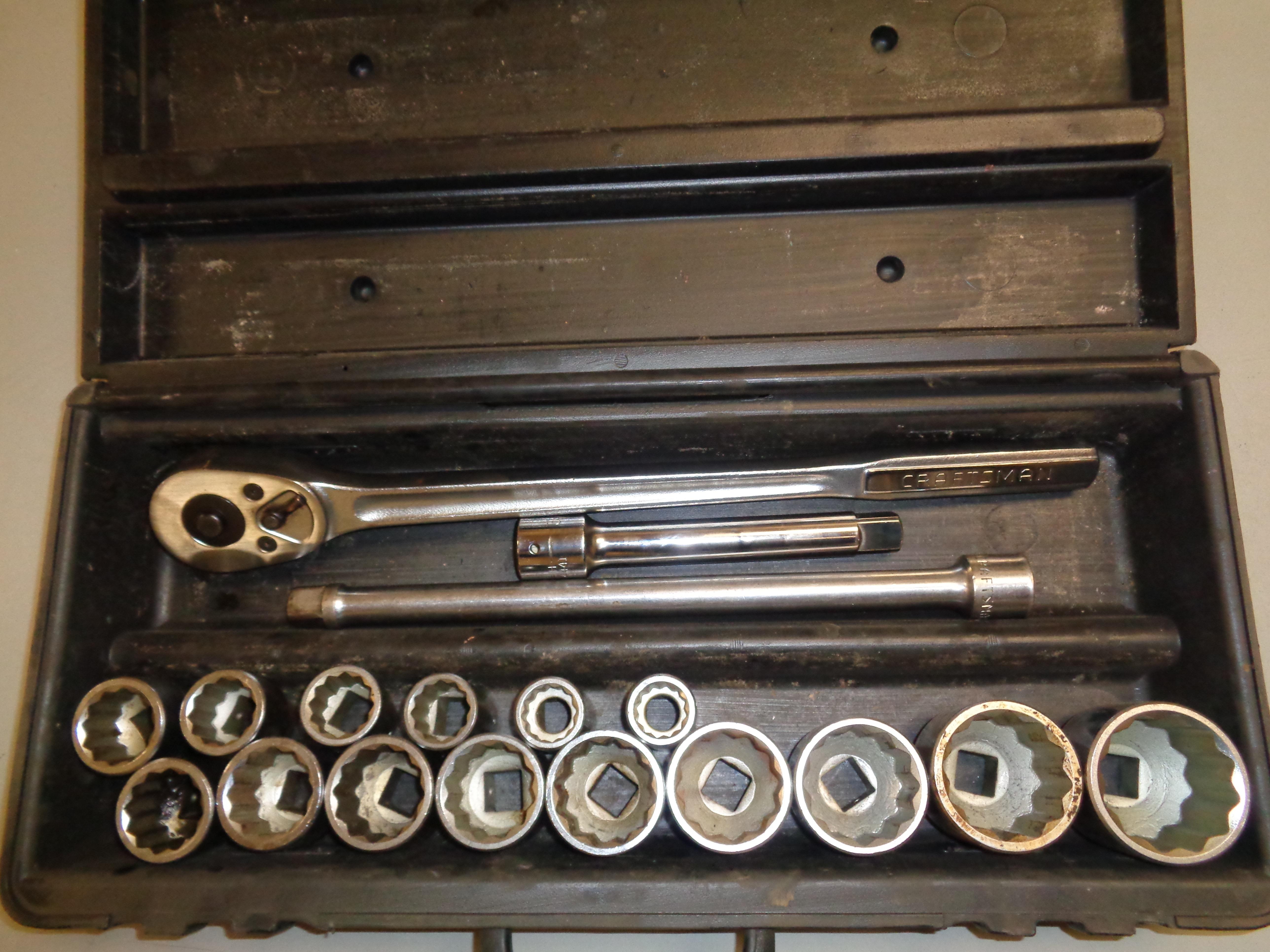 "Lot 11 - 3/4"" Drive Craftsman Socket Set"