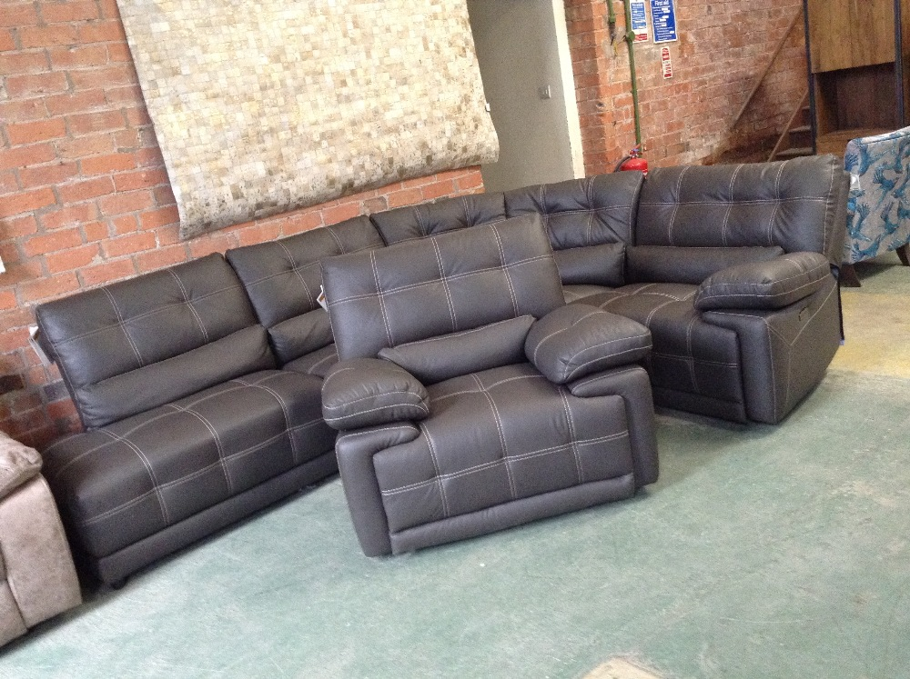 Lot 1 - BROWN LEATHER WITH WHITE STITCHING ELECTRIC RECLIN