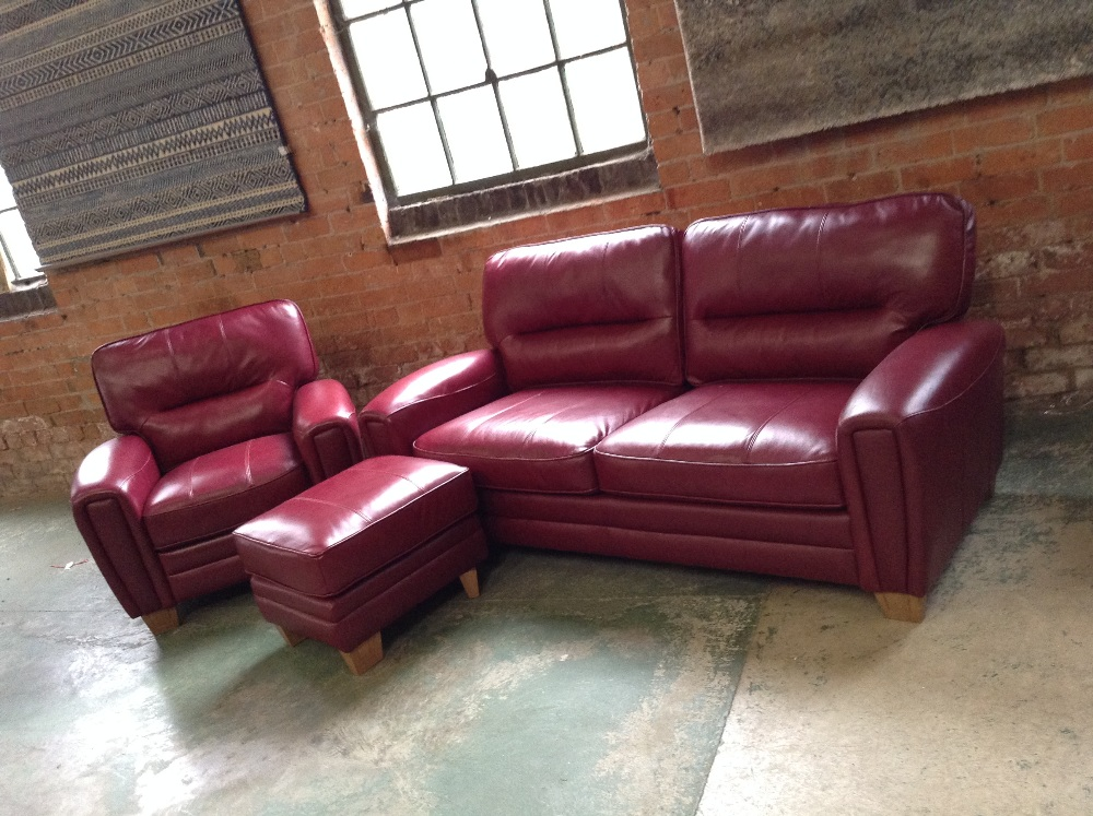 Lot 6 - RED LEATHER 3 SEATER SOFA ELECTRIC RECLINING CHAIR