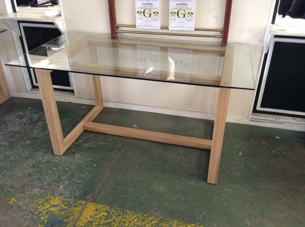 Lot 113 - HADLEIGH DINING - 160/85 GLASS TOP DINING TABLE (W